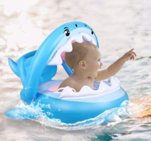 Colchoneta flotador infantil modelo tiburón
